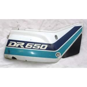 Suzuki DR 650 - pravý boční plast