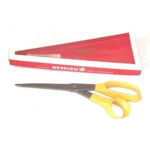 Mikov nůžky