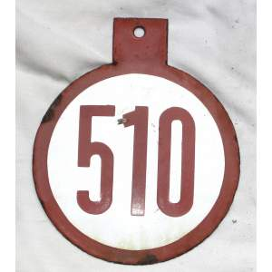Cedulka číslo ze zastávky smalt