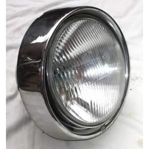 Škoda 1202 STW - přední světlo